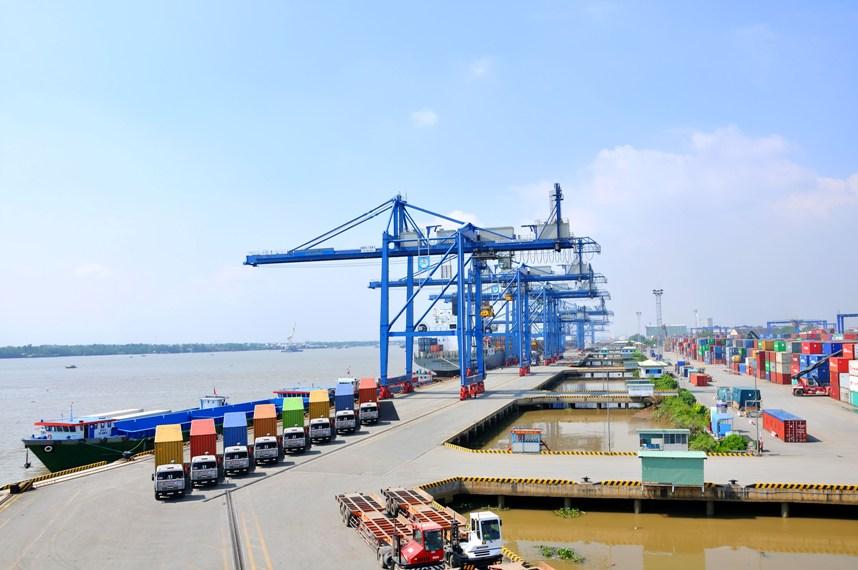 Xây dựng cầu cảng